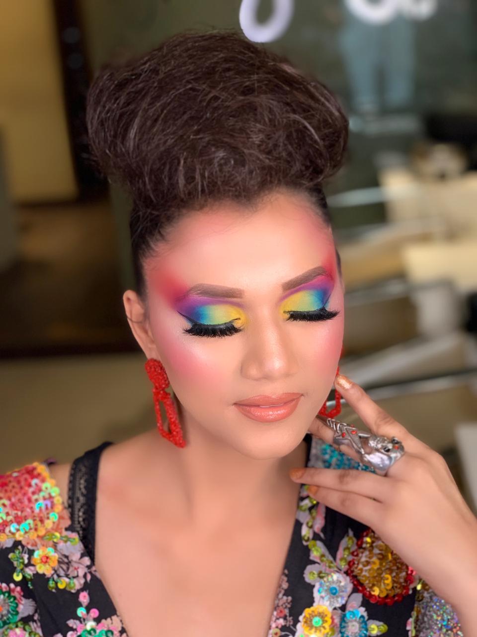 Meenakshi Dutt - Makeup artist i Delhi