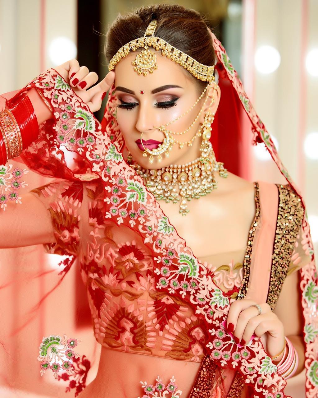 MDM Makeup academy in Delhi look