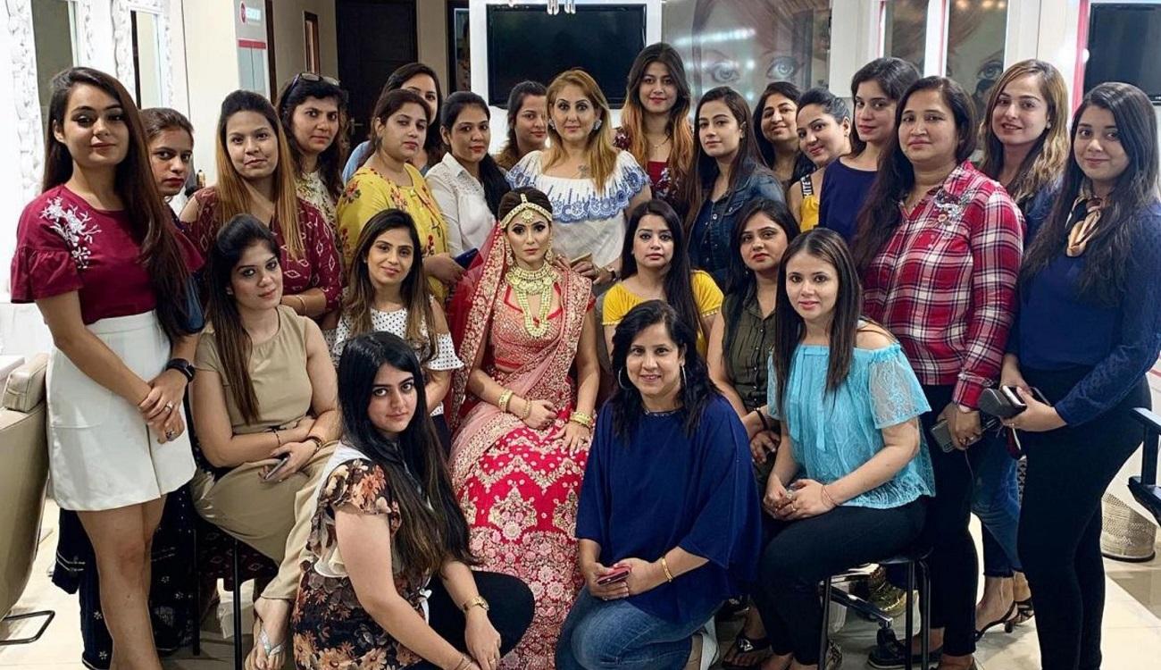Top Makeup Academy in Delhi | Meenakshi Dutt Makeovers
