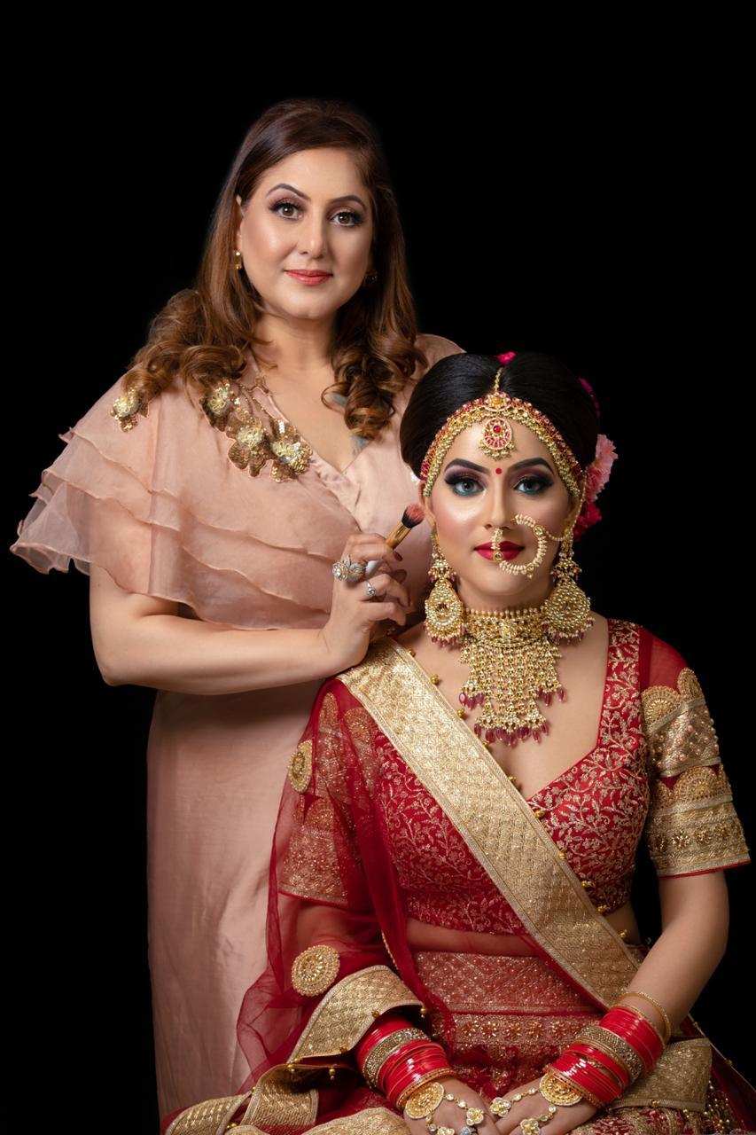 Meenakshi Dutt makeup courses in Delhi Look