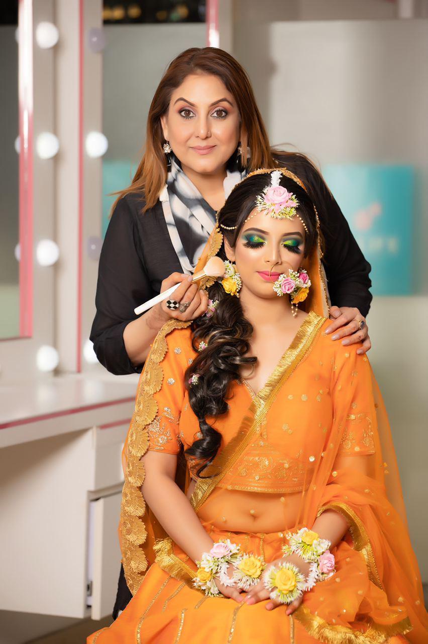 makeup academy Meenakshi DUtt